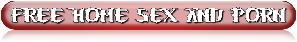 XXX séance de photos maison terminée par le sexe passionné par le visionnage de vidéo porno